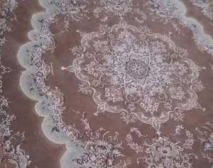 فرش 9 متری گل برجسته تمیز و سالم